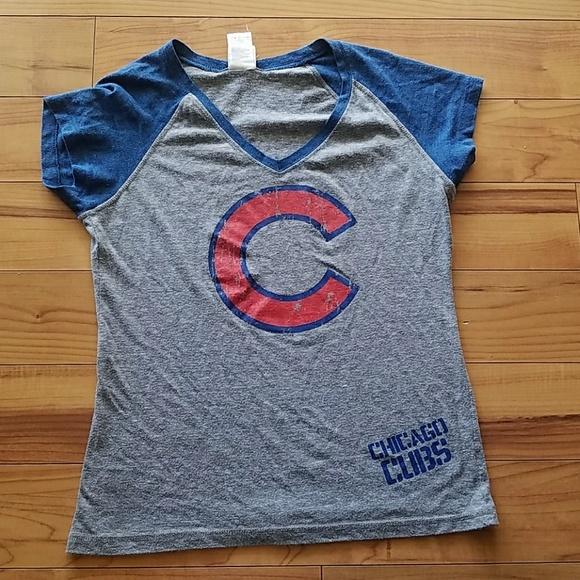 Campus Lifestyle Tops - Chicago Cubs Women s Shirt 850dff2c3c